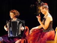 """""""Apéro spectacle"""" Tout fout l'camp Isabelle Desmero et Aurélie Lombard Trets - 15 novembre 2014"""