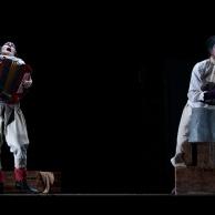 """""""Hamlet de Jex Pire """" par la compagnie professionnelle Fluid corporation"""