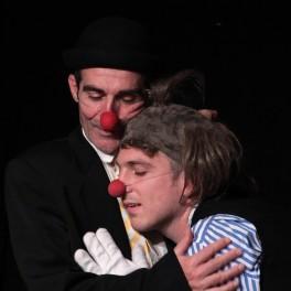 """""""Oui! Mais alors?"""" Par la compagnie L'Auguste Théâtre Châteauneuf-le-Rouge"""